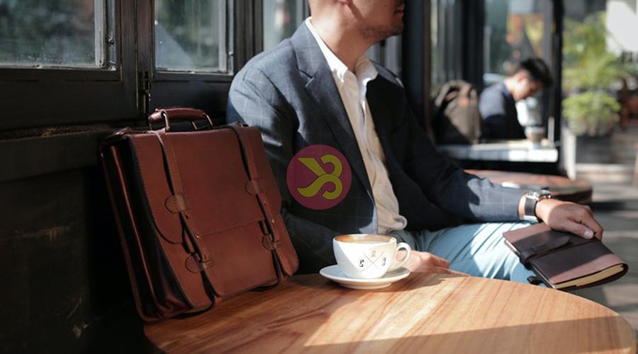 کیف اداری چرم برای هدیه روز مرد